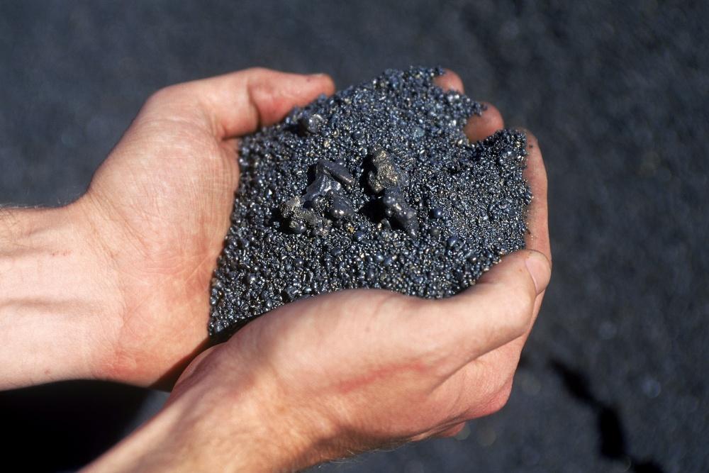 Giá chì trên sàn LME tăng cao kỷ lục do nhu cầu mạnh trong khi nguồn cung thiếu hụt