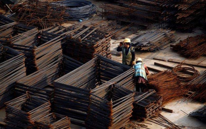 Động thái cứng rắn của Trung Quốc gây sức ép lên giá đồng và kìm hãm đà tăng của Quặng sắt