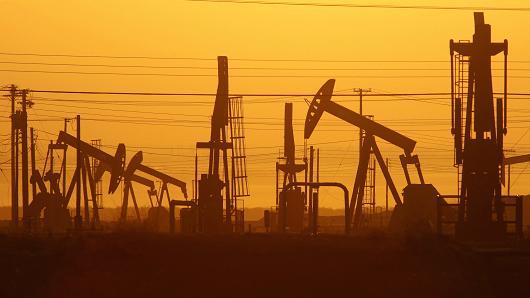 """""""Khủng hoảng"""" giá khí tự nhiên thúc đẩy nhu cầu dầu thô tăng cao"""
